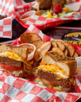 Munchies_FriedEggCheeseburger_Native-11